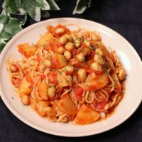 簡単!大豆とじゃがいものトマトパスタ