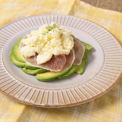 朝食に 卵白のスクランブルエッグ