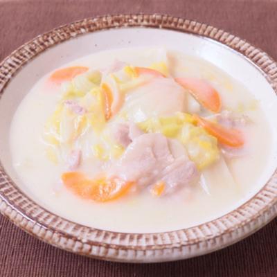 豚肉と白菜のみそクリーム煮