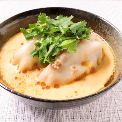 餃子で豆乳担々冷製スープ