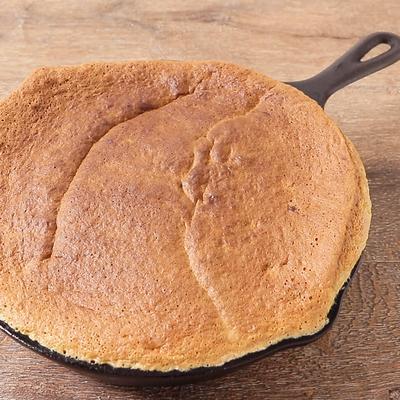 スキレットでバナナココナッツケーキ