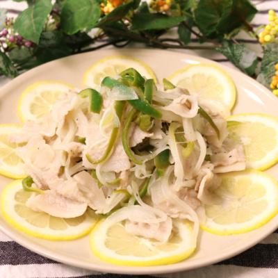 レモンでサッパリ!豚バラ肉のレモン風味炒め