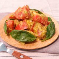 オリーブオイルで簡単美味!モッツァレラ入りトマトアボカドサラダ