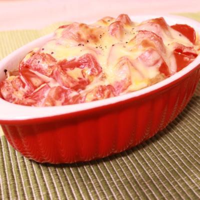 冷凍ポテトとトマトのマヨチーズ焼き