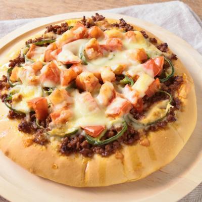 発酵いらず ひき肉とトマトの甘辛ピザ
