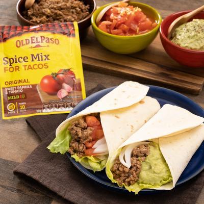 ザクとろ2種のソースで楽しむ!メキシカンブリトー