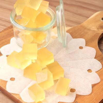 材料4つ きらっとかわいいはちみつレモンのグミ