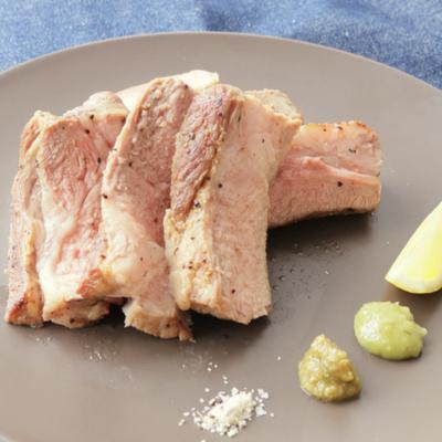 シンプル 豚肩ロースのステーキ
