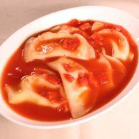 もちチーズ餃子のトマトスープ