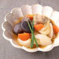 新玉ねぎたっぷり 干し椎茸とつみれの煮物