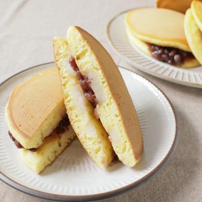 ホットケーキミックスで作る おもち入りどら焼き
