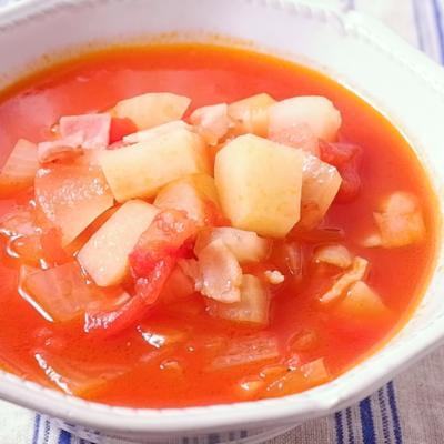 トマト缶で作るミネストローネ