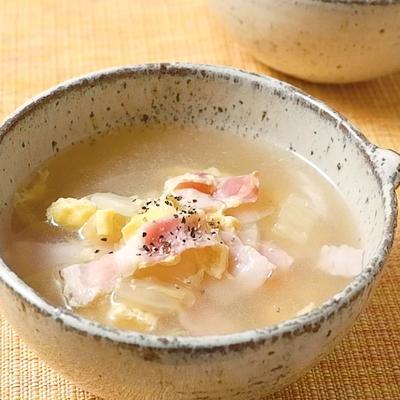 白菜とベーコンのかきたまスープ