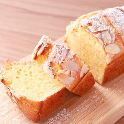 バナナヨーグルトパウンドケーキ