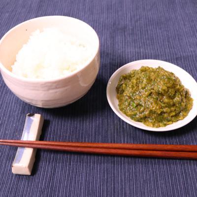 ご飯のお供に!セロリの葉とザーサイの佃煮風