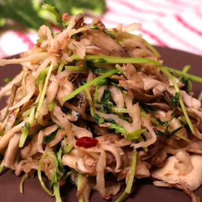 おつまみに!豆苗と切干し大根のペペロンチーノ