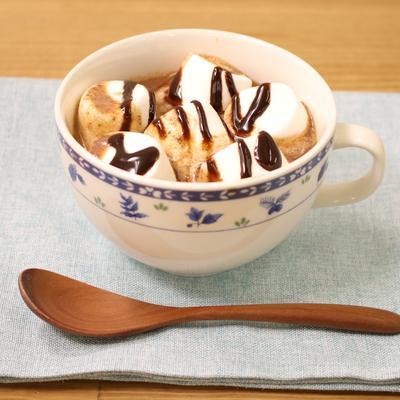ほっと一休み!マシュマロのせホットチョコレート