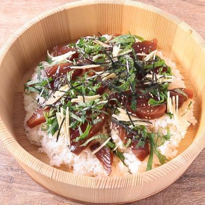 カツオのてこね寿司