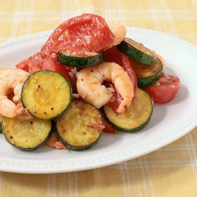 ズッキーニとエビのトマト炒め