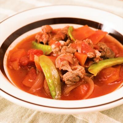 ラム肉のトマト煮込み