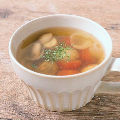 ホワイトマッシュルームとペコロスのスープ