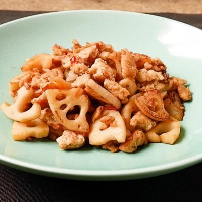 めんつゆで簡単レンコンと鶏ひき肉炒め