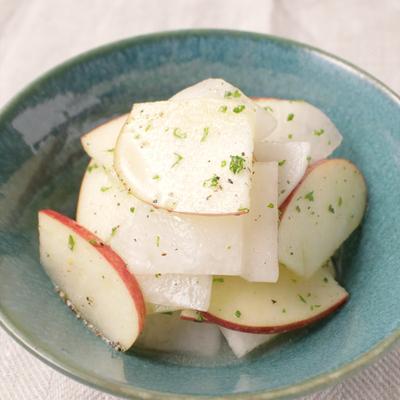 りんごと大根のサラダ