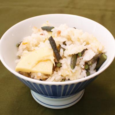 梅香る わらびの炊き込みご飯