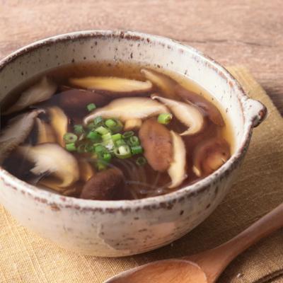 しいたけと春雨のスープ