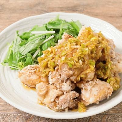 揚げ鶏と梅シロップのさっぱりソース
