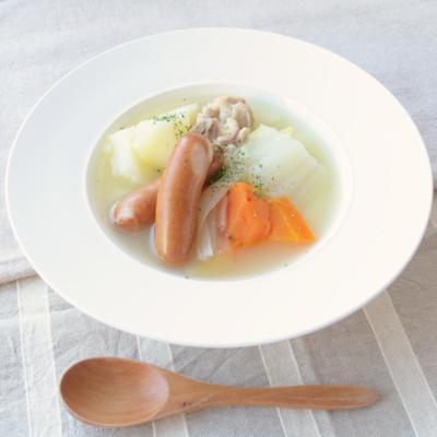 鶏ガラベースのあったか白菜ポトフ