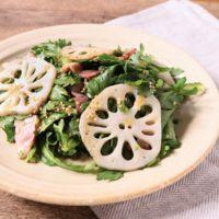 食感楽しむ 春菊のサラダ