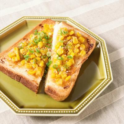 たっぷりコーンの味噌バタートースト