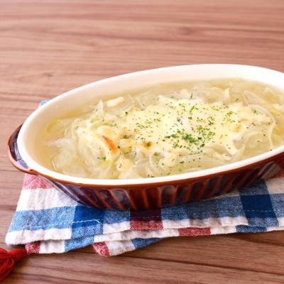 玉ねぎたっぷり 焼きチーズのコンソメスープ