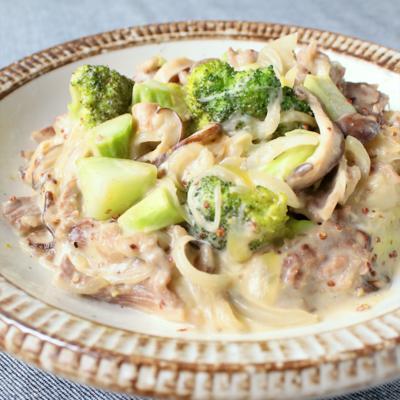 常備菜 牛肉とブロッコリーのマスタードクリーム煮