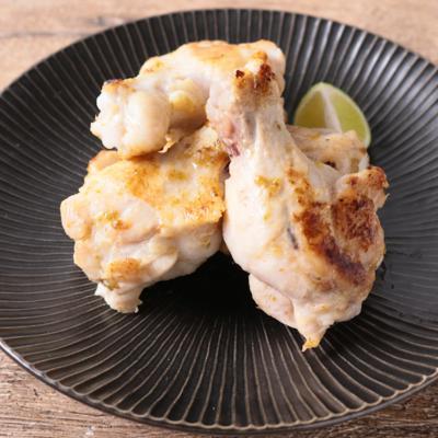 骨付き鶏肉のゆず胡椒風味
