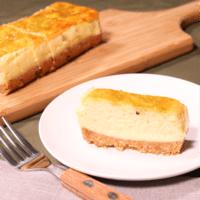 マーブル模様がお洒落!抹茶のチーズスティックケーキ