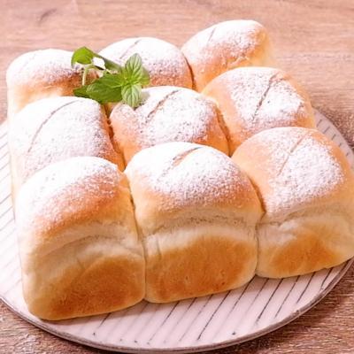 白玉粉でもっちりちぎりパン