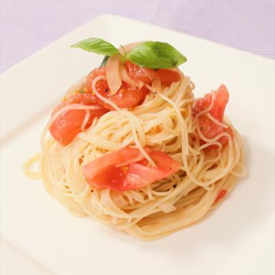さらっと食べられる!トマトの冷製パスタ