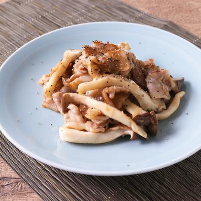 豚バラ肉とエリンギの黒酢炒め