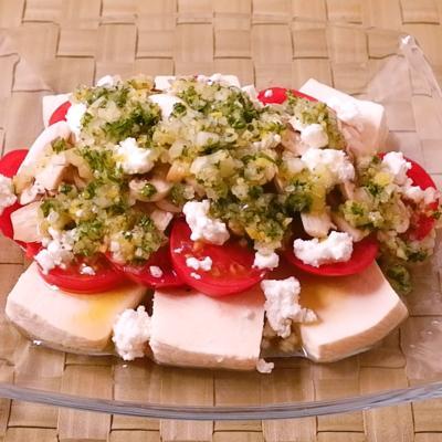 トマトとマッシュルームの豆腐サラダ