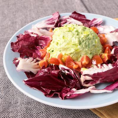 アボカドとクリームチーズの贅沢サラダ