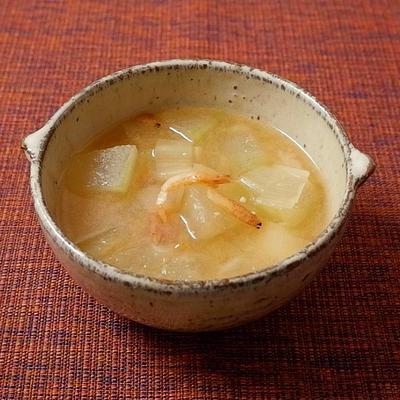 冬瓜と桜えびの中華風みそ汁