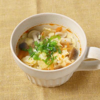 にんじんと卵の辛酸スープ