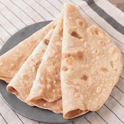 インドの薄焼きパン チャパティ