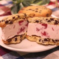 夏のおやつに!アイスクッキーサンド