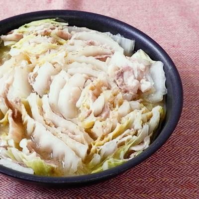 白菜と豚バラの味噌バター蒸し