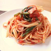 ほうれん草とベーコンのトマトスパゲティ