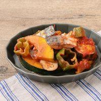 サバとたっぷり野菜のトマト煮込み