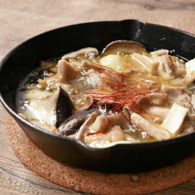 キノコと鶏肉のオリーブオイル煮